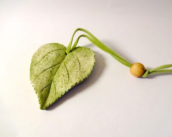 Leaf hanging - embellishments - nature (D)