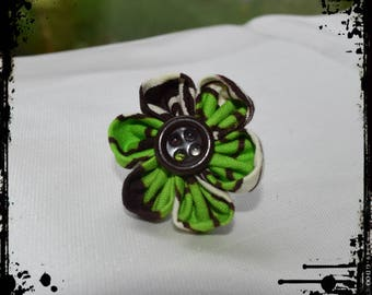 """Passiflora"" kanzashi flower ring"