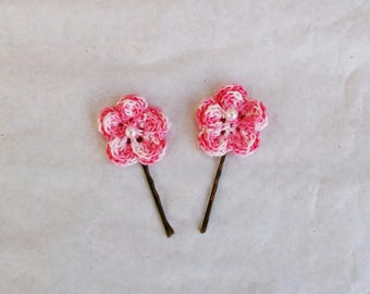 (set of 2) hair clips with crochet roses
