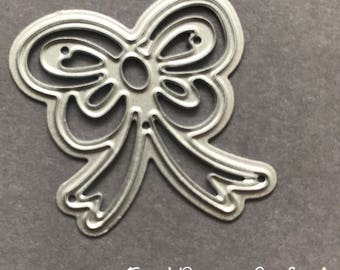 Brand new metal Small detailed bow die for home crafts and DIY
