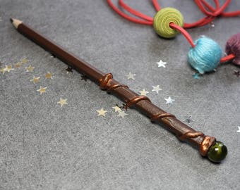 Pencil - Brown wand with round and green bead spiral