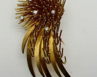 Vintage 1970's 18kt Gold Spiny Jacket Brooch Pin with Diamonds