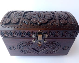 Handmade wooden jewelry box (5.3x3x3.6 inches)   Handcrafted jewelry box   Ring box   Jewelry casket   Carved wooden box   Wooden box