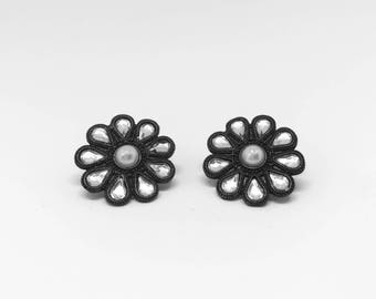 Vintage earrings | Flower earrings | Statement earrings |