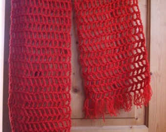 VERY beautiful scarf red crocheted