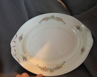 "15"" Oval Serving Platter by Homer Laughlin"