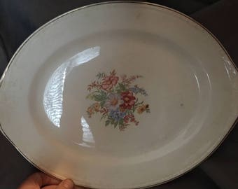 "13"" Oval Serving Platter by Homer Laughlin"