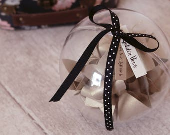 Gold powder paper Garland with bows