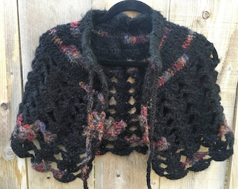 handmade, one of a kind capelet/shawl