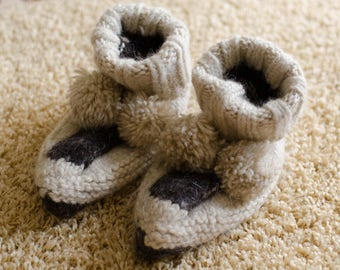 Knitted woolen slippers socks with pompoms