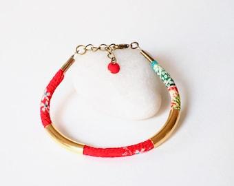 Japanese, cord bracelet Chirimen (3mm), flexible bracelet, crepe Kimono, traditional pattern, busy brass beads, sequin enamelled
