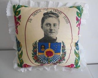 """40 cm x 40 cm """"Saint Thérèse"""" pattern pillow cover"""