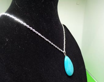 Silver chain with jade pendant necklace