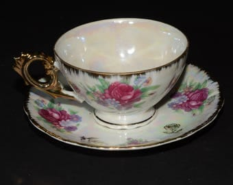 Vintage, White Colored, Iridescent, Ceramics, Made in Japan, Teacup and Saucer Set, Pink roses, gold filigree, Lusterware