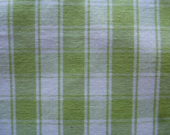 fabric cotton white and green Plaid for making sewing accessories and scrapbooking