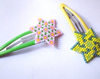 Barrettes with stars woven Miyuki beads