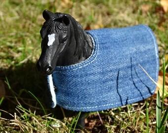 Toy horse Figurine blanket