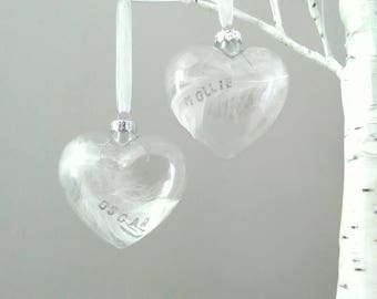 Personalised Memorial Gift Bauble in Remembrance.Glass Heart White Feather.Sympathy, Grieving,In Memory,Loved One,Loss Christmas Decoration.