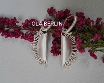 Handgefertigte massive Silberohrhänger