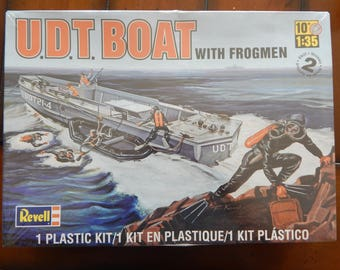 Revell 1:35 scale, U.D.T. Boat with Frogman, Model kit