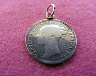 H) Vintage Sterling Silver Charm Victorian love token 3 pence coin with Dad on the back