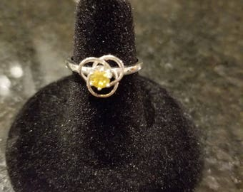 Delicate Yellow Flower Ring