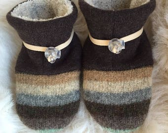 Toggle Toes neutral tones wool slipper, non-slip soft sole shoe, in infant 4-12 months or baby shoe size 1-3.5