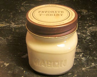 FAVORITE T-SHIRT // Soy Candle // Wood Wick // Mason Jar // Fresh Scent // Laundry Scent