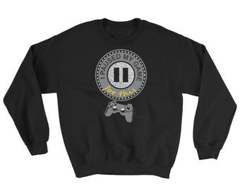 I Paused My Game For This Sweatshirt // Gamer Trendy Sweater // Geek Nerdy Sweatshirt // Gamer's Team Sweater // Cool Gamer Gift Sweatshirt