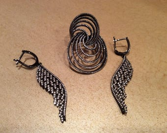 Black silve set of Ring (61/2)and Earrings