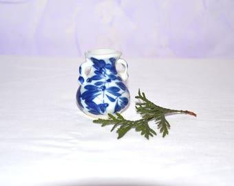 "Gzhel Russian Porcelain Figurine,Porcelain figurine ""Amphora"",Gzhel hand made,Hand painted Souvenirs,Ceramic figurine,Home Decor,Collectible"