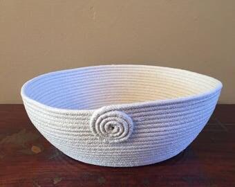 Clothesline bowl/basket