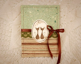 Concertina, Accordion Photo Album Cats in green and brownish colors with handmade (recycled) paper