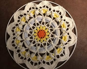 Cheerful Mandala of 30cm diameter