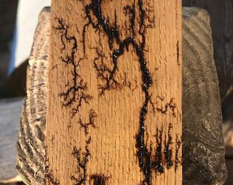 Lightning patterns on wood