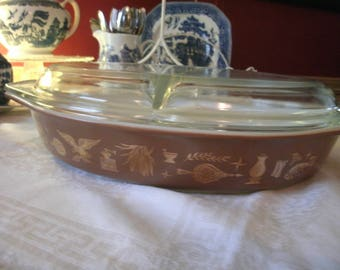 Pyrex Americana Pattern Divided Dish with Lid