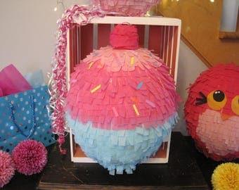 Little cupcake cake piñata