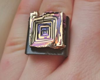 Bismuth crystal copper ring, bismuth rainbow crystal jewelry, black gothic adjustable ring bezel, lead free ring, nickel free ring