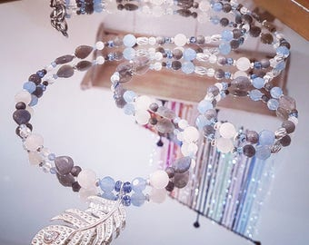 Necklace gemstones: white moonstones and Labradorite with Swarovki Crystal and silver