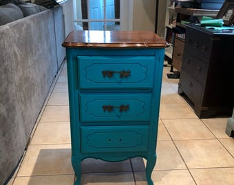 Shabby Chic Victorian Accent Table
