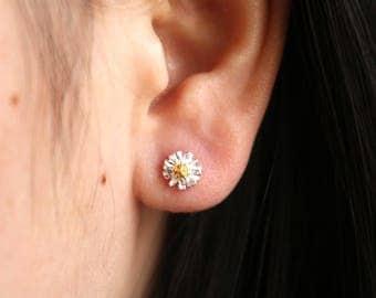 Silver Daisy Stud Earrings. Sterling Silver Daisy Earrings. Flower Earrings. Gift for Her