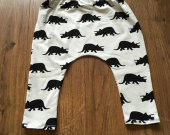 Dinosaur leggings 9-12 months