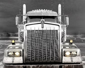 Kenworth in Chrome
