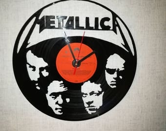 Upcycling records-wall clock from vinyl - motive Metallica