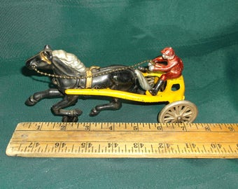 1940's Cast Iron Horse Drawn Sulkey Racer With Driver