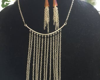 Delicately silver chains withamber cone shspe glass beads