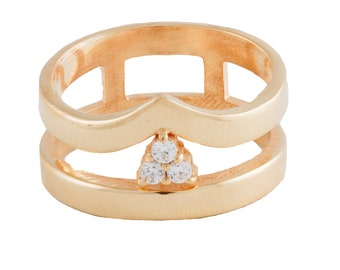 Ivone Ring with Zircon