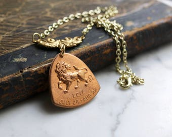 Leo Horoscope Zodiac Astrology Necklace - The Lion