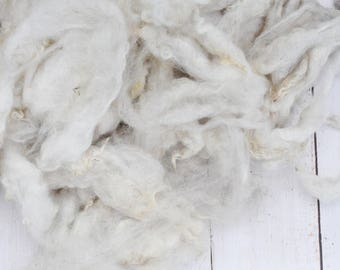 Natural Ecru/Light Grey Shetland Wool - Washed - Natural Wool - Undyed - Medium Wool - 4 Ounces