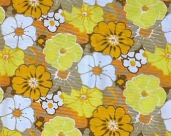 Vintage 70s  Fabric Retro Fab Flower Power